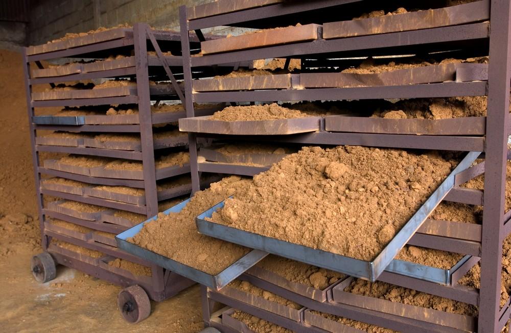 Terre de sienne préparé pour les séchage à 200°C
